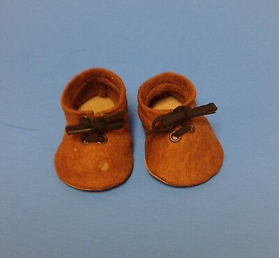 """VTG M.J. Hummel Pair of Brown Shoes for 9"""" to 10"""" Doll"""
