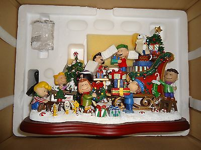 Danbury Mint Lighted Peanuts Christmas Sleigh Sculpture New In Box!