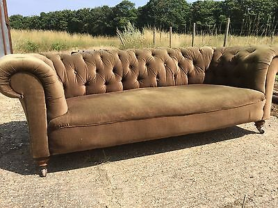 Very Rare Victorian Walnut Sofa By Cornelius V. Smith - Howard & Sons Quality
