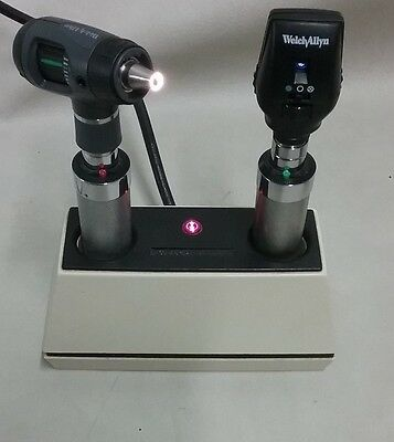 Welch Allyn Rechargeable Handles Ophthalmoscope & Otoscope Desk Charger Student