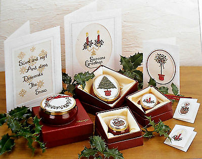 14 Count CHRISTMAS  GREETINGS~1993 Framecraft Miniature~Cross Stitch  Booklet