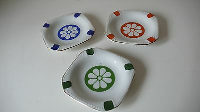 3 CENDRIERS  EN PORCELAINE  DESIGN 1970 MADE IN JAPAN VINTAGE années 70