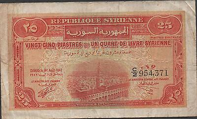 Middle East   25 Piastres  1.8.1942  P 51  Prefix C/2 Circulated Banknote