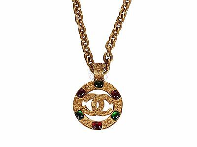 CHANEL CC Logo Gripoix Round Necklace Gold Tone Vintage, Excellent Condition!