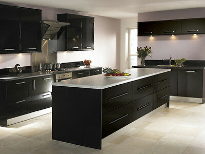 New - High Gloss (Handles) - Complete Fitted Kitchen - Graphite