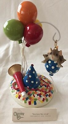"New In Box Charming Tails ""You Give Me A Lift"" Two-Piece Party Ornament Set"