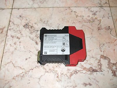 Telemecanique XPS-DMB Emergency Stop Safety Relay XPSDMB1132P VGC!