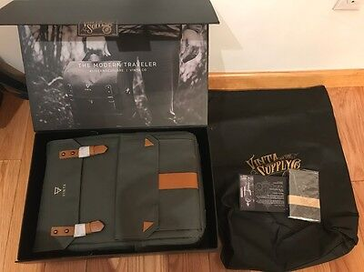 VINTA S-Series Travel & Camera Bag Backpack (Forest) NEW w/ BOX and Accessories