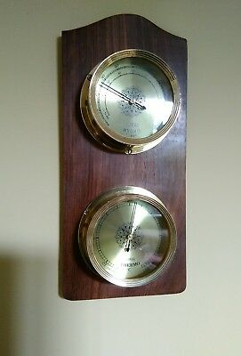wall mounted hygrometer and Thermometer
