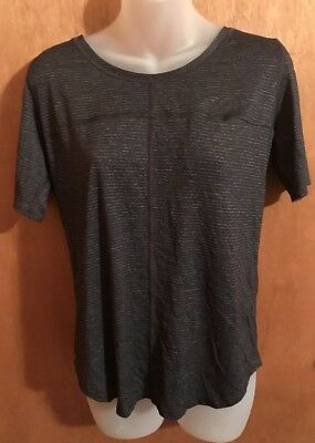 Women's Size 6 Lululemon Athletica Short Sleeve Striped Shirt With Pocket