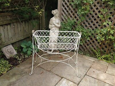 Vintage French Swinging Crib/cot (Bassinett)