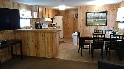 3/2 Mobile Home - Nicely Renovated!