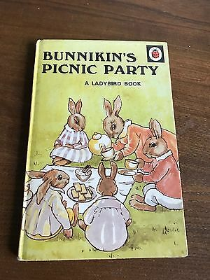 Vintage classic ladybird reading book BUNNIKIN'S PICNIC PARTY Series 401