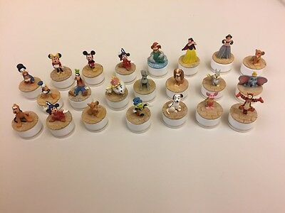 Great collection of 22 Disney characters for display... DISNEY FANS