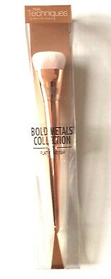 REAL Techniques Bold Metals 301 Flat Contour Brush (01447)