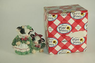 """NEW Mary's Moo Moos Cow Figure """"Deck The Halls Cows of Holly"""" #651710 With Box"""