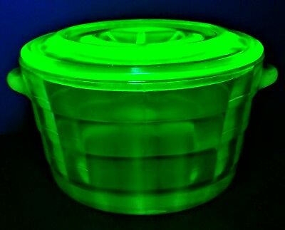 BLOCK OPTIC GREEN Butter Tub and Lid by Anchor Hocking 1929-33  (Uranium Glass)