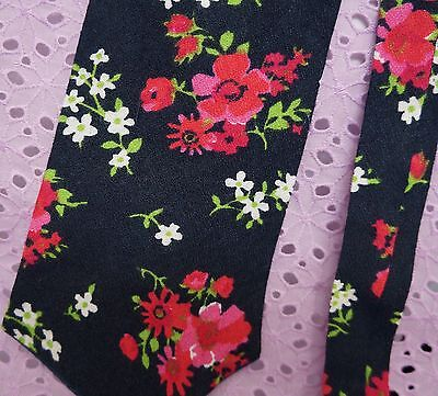 VINTAGE . Floral Neck Tie . Unisex . As New . Hand Made