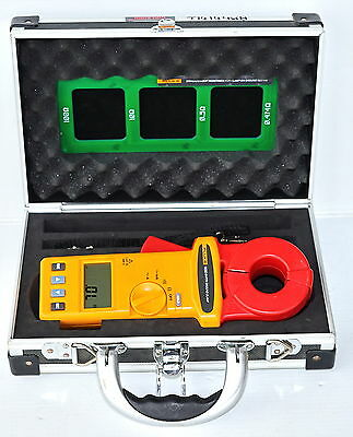 Fluke 1630 Earth Ground Clamp with Standard Loop  0.025 to 1500 ohm  (038)