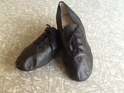 Bloch black jazz shoes size 7.5 in good condition
