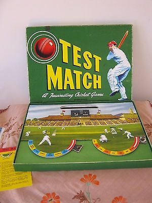 Vintage TEST MATCH Classic CRICKET Game. Made by John Sands.