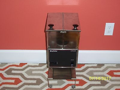 Bunn LPG-2E Coffee Grinder with 2 Hoppers Working