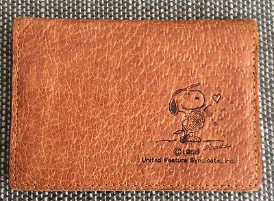 Vintage 1958 United Feature Syndicate Inc. Pocket Card Wallet SNOOPY Peanuts