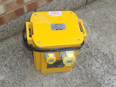 Worksafe Transformer with 3 Output Sockets 5kVA 2x 16A & 1x 32A Sockets RRP £172