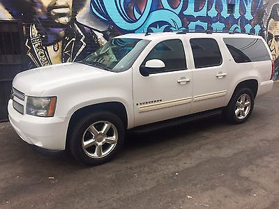 2009 Chevrolet Suburban LT 4WD Leather Seats 2009 LT 4WD Leather 5.3L V8 OnStar