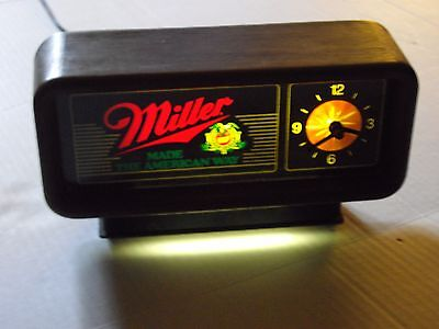 Vintage MILLER BEER Desk Clock / Bar Light - Works Great!