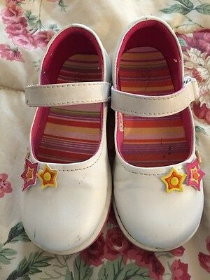 T K S White Non-Marking Girls Summer Shoes Size 10 no buckle Mary Jane Style