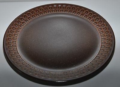 WEDGEWOOD PENNINE brown retro dinner plate