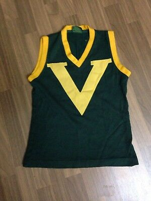 VFL.. COUNTRY VFL JUMPER Size 14