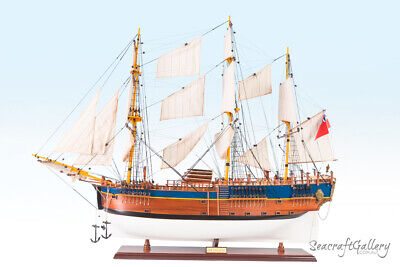 NEW WOODEN MODEL SHIP BOAT HMB ENDEAVOUR 95cm PAINTED GREAT GIFT DECORATION