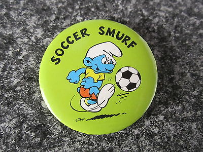 Smurf Badge Button with clip Soccer Smurf vintage rare
