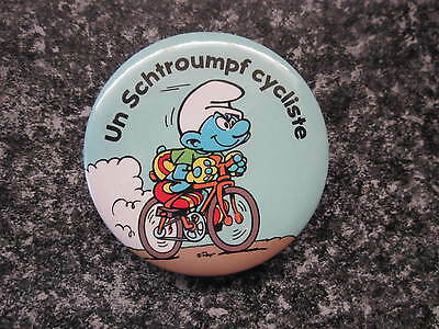 Smurf Badge or Button with clip Cyclist Smurf vintage rare