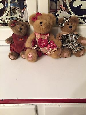 Longaberger Homestead Boyds Bear, Luvey Heartstrings, With 2 other Boyd's Bears