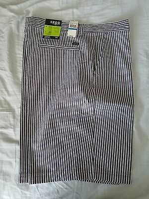 IZOD Men's  Golf Shorts - Gray with White Stripes Size 36 New With Tags
