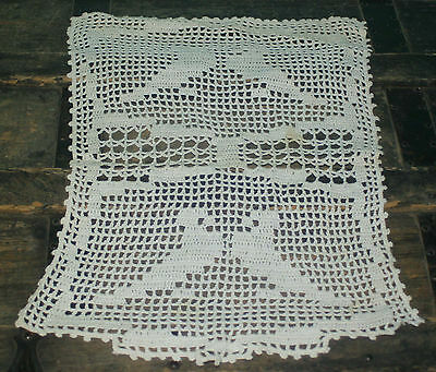 """Vintage Crochet Chair back Doily White with Birds 17"""" x 12"""""""