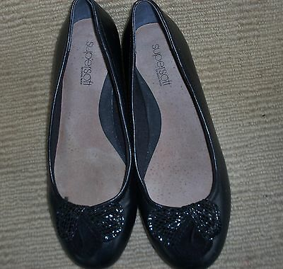 Near New Diana Ferrari Supersoft Black Leather Flats, Size 7 C