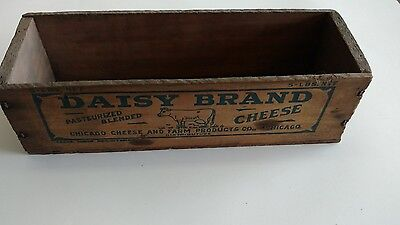 Vintage 5Lb. Wood Daisy Cheese Box Container