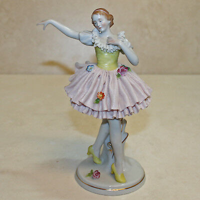 German Lace Flower Lady Dancer Porcelain Figurine, 7'H  no box