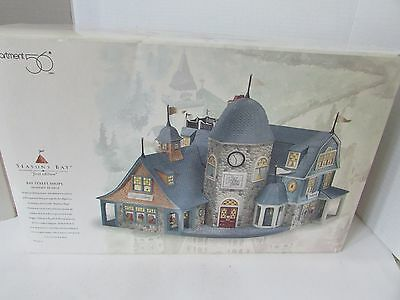 "Dept 56 #53301 Seasons Bay ""first Edition"" Bay Street Shops Set Of 2 Boxed"