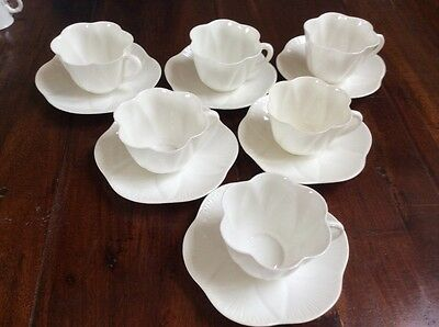 VINTAGE SHELLEY DAINTY WHITE TEA SET, RARE in EXCELLENT CONDITION (2)
