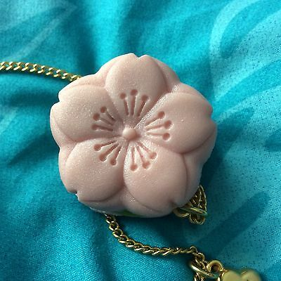 q-pot sakura necklace usa seller