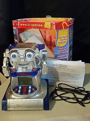 ir-v Robot -1st internet responsive robot 2001 *collectable*