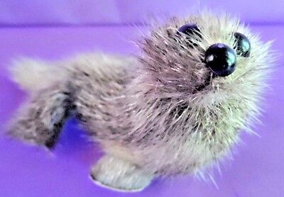 """Vintage Real Fur Seal with Flippers Collectible Animal Toy 4"""" L"""