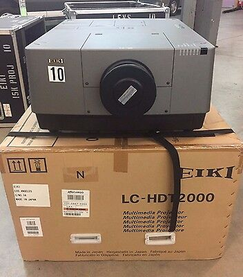 LOOK EIKI 15K Theater Projector LC-HDT2000 With Lens Christie, Sanyo NEW LAMPS
