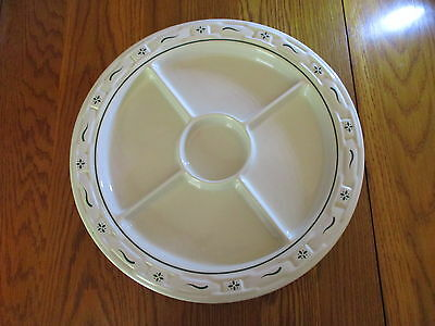 """Longaberger Heritage Green Round Divided Serving Relish Tray Dish Plate 13"""" USA"""