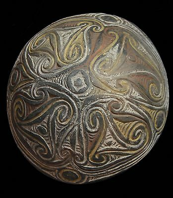Decorated pottery Bowl Boiken Plains New Guinea